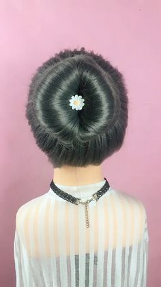 Hairstyles Videos For Saree With Rose Front Hair Styles, Medium Hair Styles, Curly Hair Styles, Braided Hairstyles, Cool Hairstyles, Hairstyles Videos, Hairstyle Tutorial, Curl Styles, Homecoming Hairstyles