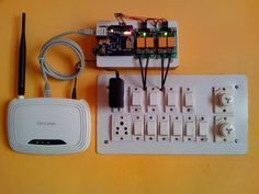 Arduino Web Control of Relay and Lights with Ethernet Shield Contrôle Web Arduino de relais et de lu Arduino Wifi, Arduino Programming, Arduino Circuit, Arduino Board, Home Automation System, Smart Home Automation, Hobby Electronics, Electronics Projects, Electronics Basics