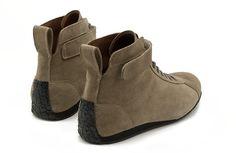 Classic Driver Shoe / Kalbvelour stone