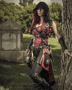 Ireland Reid Unveils Her Badass Assassin's Creed-Inspired Cosplay