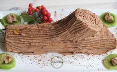 Chocolade tak/boomstam voor kerst. Deze taart met een vulling van chocolade maakt jouw kerstdiner nog mooier en lekkerder. Het is een Portugees recept dat rond kerst niet kan ontbreken. De naam Tronco de Natal is vertaald: Chocolade boomstam en zo lijkt het ook. Deze taart is makkelijk te maken en kost je ongeveer een uurtje van je tijd.