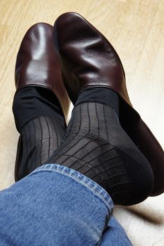 Church's Air Travel leather slippers & Gold Toe TNT sheer socks Travel Slippers, Sheer Socks, Leather Slippers, Leather Men, Character Shoes, Clogs, Dance Shoes, Footwear, Air Travel