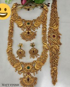 Available to purchase! Bridal Jewellery Inspiration, Indian Bridal Jewelry Sets, Wedding Jewelry Sets, Pearl Necklace Designs, Gold Necklace, Statement Necklaces, Antique Jewellery Designs, Gold Jewelry Simple, Instagram