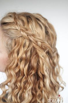 Hair Romance - Easy half up braid tutorial in curly hair