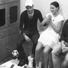 Neymar Family, Bruna Marquezine And Neymar, Neymar Pic, Stupid Girl, Couple Relationship, Alexandra Daddario, Drarry, Friend Goals, Scores