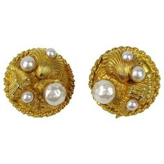 Preowned 1980's Dominique Aurientis Gold Gilt Sea Shell Earrings New... ($500) ❤ liked on Polyvore featuring jewelry, earrings, brown, star earrings, 80s jewelry, gold earrings, yellow gold earrings and gold jewelry