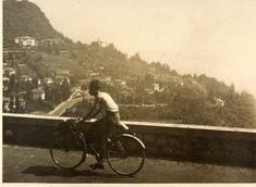 Primo in bicicletta in gita al lago #PrimoLevi25