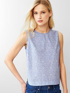 Poplin sleeveless top