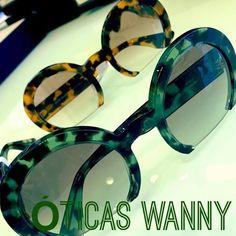 Ousada, moderna e retrô ao mesmo tempo, fazem da MIU MIU ser uma das grifes mais desejadas pelas mulheres de todo o mundo.❤ #lentesrecortadas #Miumiu #sunglasses #oculos #moda #fashion #OticasWanny #compreonline #fretegratis #entregaimediata