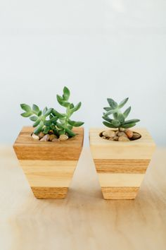 Wood Planter Geometric Inverted Pyramid Succulent Pot Oak and Pine Set of 2 These inverted pyramid geometrical planters are made of oak and