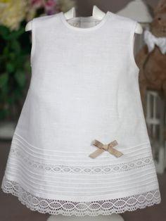 Vestido lino blanco con encajes Paz Rodriguez de Niña | Les Bébés
