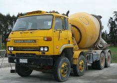 Nissan Diesel Truck, Nissan Trucks, Diesel Trucks, Mix Concrete, Concrete Mixers, Track Bus, Mixer Truck, Nissan Infiniti, Heavy Machinery