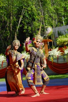 Danza Tradicional Tailandesa / Traditional Thai dance.