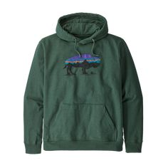 The Patagonia Men's Fitz Roy Bison Uprisal Hoody is a recycled hoody that's made using plastic bottles and pounds of cotton scrap. Outdoor Wear, Outdoor Outfit, Patagonia Brand, The Fitz, Back To School Sales, Kangaroo Pouch, Cool Hoodies, Fleece Fabric, Pullover