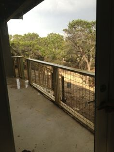Hill Country Homebody  Hog wire porch railing