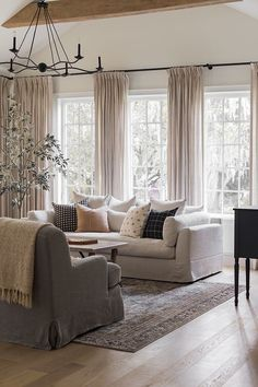 Winter Living Room, Simple Living Room, My Living Room, Home And Living, Luxury Living Rooms, Comfortable Living Rooms, Classic Living Room, Beautiful Living Rooms, Formal Living Rooms