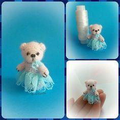 Без мишек я не могу. Вот такая нежно-розовая малышка Сью родилась. Рост 3.4см. Эксперементы с нарядами продолжаются. Самостоятельная. Голова и конечности подвижны. Платье снимается. #амигуруми #миниатюра #минимишка #вязаниеслюбовью #вяжутнетолькобабушкиноимамочки #вязаниеназаказ #творчество #игрушка #творчествобезграниц #идеи #amigurumi #miniatures #hobby #handcraft #minibear #weamiguru #fabbyfeed #toys_gallery #мастеркрафт #миник