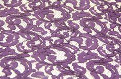 Birbirinden özel dantel kumaş çeşitleri ve kışkırtıcı dantelli kumaş modelleri Kaptan International Textile kumaş mağazaları raf ve reyonlarında beğeninize sunulmaktadır. 4447578