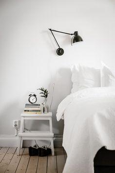 Ikea 'Bekväm' stool as nightstand || @sommerswim