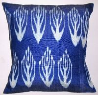 IKT082 Silk/cotton ikat pillow cover - blue leaves