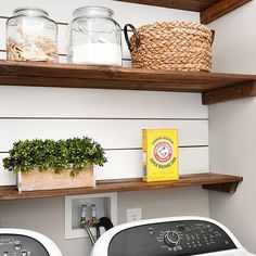 Getting the house in order for the holiday season? Did you know there's a bunch of ways to use @armandhammer Super Washing Soda around your home? Check out my favorite cleaning tricks and hacks! #ad #linkinbio #superwashingsoda #cleaninghacks #cleaningtips https://howtonestforless.com/2017/11/20/10-cleaning-tricks-and-hacks/ #ad