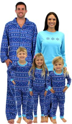 Family Matching Holiday Pajamas Giveaway!  5ba4d0455