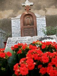 Tombe de Jean Piglowski à Narbonne (Aude, France), le 11 novembre 2009