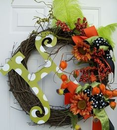 Fall Holiday Monogram Wreath by mopheads on Etsy Fall Crafts, Holiday Crafts, Holiday Fun, Diy Crafts, Holiday Decor, Holiday Ideas, Festive, Monogram Wreath, Letter Wreath