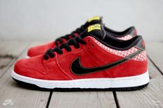 NIKE DUNK LOW PREMIUM SB CHALLENGE RED/BLACK-WHITE #sneaker