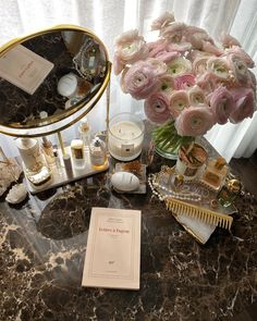 Image uploaded by L⒰⒳⒪⒭⒴&BEU⒯⒴. Find images and videos about flowers, luxury and accessories on We Heart It - the app to get lost in what you love. Coffee Candle, Mood And Tone, Classy Aesthetic, Sweet Home Alabama, Aesthetic Room Decor, Room Ideas Bedroom, Home Room Design, New Room, Pink And Gold