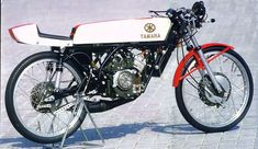 50 cc Yamaha 1 cylinder racer, with rotary intake. Rebuild by Ferry Brouwer.
