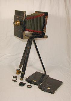 Holz Plattenkamera wohl um 1900 - Reisekamera 13x18 + 2x Objektiv Stativ Zubehör in Antiquitäten & Kunst, Technik & Photographica, Photographica | eBay!
