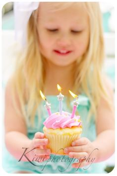 Birthday Photo Session with the Dating Divas #birthday #photography yay! A bigger kids w/ a cupcake photo shoot. I want to do something like this w/ Livi