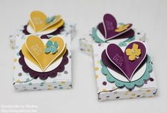 Stampin Up Box Envelope Punch Board Verpackung Goodie Give Away Stempelset Love Peace and Cupcakes Stempelset Sags mit Faehnchen Stanzer Itty Bitty Akzente Stanzer Herzblatt