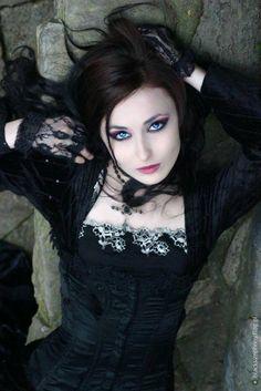 dark gothic sweetness