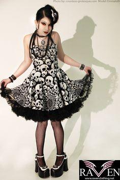Cute skull dress by ~GrotesquePuPPyMeow on deviantART