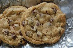 "Secrets to the Perfect Chocolate Chip Cookie:  The New York Times ran a fascinating story on the ""quest for the perfect chocolate chip cookie,"" which included the shocking fact that the famous Tollhouse Chocolate Chip Cookie recipe Nestlé prints on back of the bag left out a very important step..."