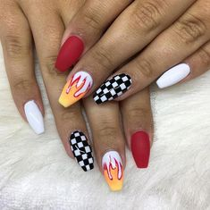 Semi-permanent varnish, false nails, patches: which manicure to choose? - My Nails Best Acrylic Nails, Acrylic Nail Designs, Nail Art Designs, Nail Art Ideas, Design Art, Design Ideas, Checkered Nails, Coffin Shape Nails, Fire Nails