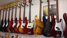 Fender Saturday  #fender #saturday #bass #jbass #pbass #love #fenderguitars #japan #tokyo #guitarshop #barcelona #thinline #wood #music #gibson #instagram #instadaily #insta #instamoment #fin #color