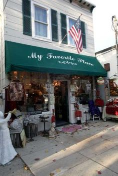 """""""My Favorite Place"""", a specialty gift store  in Cold Spring Harbor NY"""