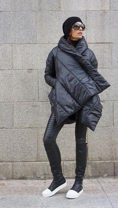 SALE NEW Winter Extra Warm Asymmetric Extravagant Black Hooded