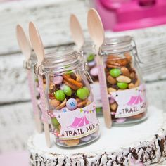 Glam Camping, Camping Parties, Camping Glamping, Camping Ideas, Camping Themed Party, Indoor Camping, Camping Style, Barbie Torte, Lila Party