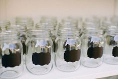 To make. Chalkboard labels on drinking jars. ... Good idea for the backyard reception:)
