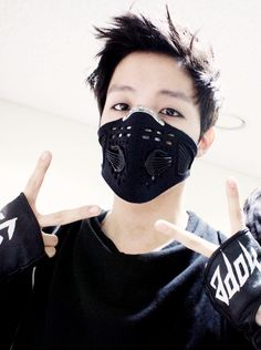 Me :baby what are you doing? J-hope: putting on a mask so I don't talk to other girls exepet u Me :omg my heartu my heartu