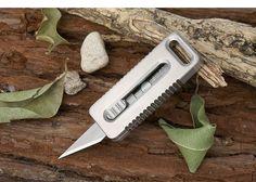 EDCGEAR Outdoor Mini Titanium Alloy Utility Retractable Razor Sharp Cutter Pocket Knife