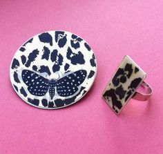 Set Brooch & Ring - In Stock Paper and aluminum - Unique Pieces Conjunto pregadeira & anel ref.415-7 by carlaamaro on Etsy