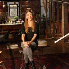 Sutton Foster is so amazing and animated. From the creator of Sex and The City, 'Younger' stars Sutton Foster, Hilary Duff, Debi Mazar, Miriam Shor and Nico Tortorella. Click to discover full episodes.