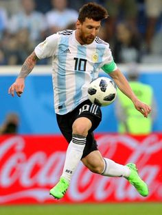 Lio Messi on fire! Neymar, Messi Y Ronaldo, Cristiano Ronaldo Lionel Messi, Messi 10, Leonel Messi, Ballon D'or, Football Icon, Football Soccer, Fc Barcelona