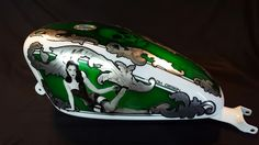 Aerografia Serbatoio harley davidson tank made with candy color ,pin up , silver leaf and pastel color . Candy Colors, Pastel Colors, Harley Davidson, Custom Design, Pin Up, Skull, Silver, Pastel Colours, Pinup