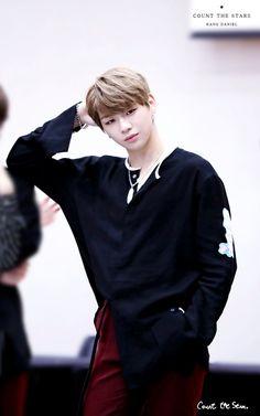 Wanna-One - Kang Daniel K Pop, Daniel K, Prince Daniel, Produce 101 Season 2, Kim Jaehwan, Street Dance, Ha Sungwoon, Pop Bands, Seong